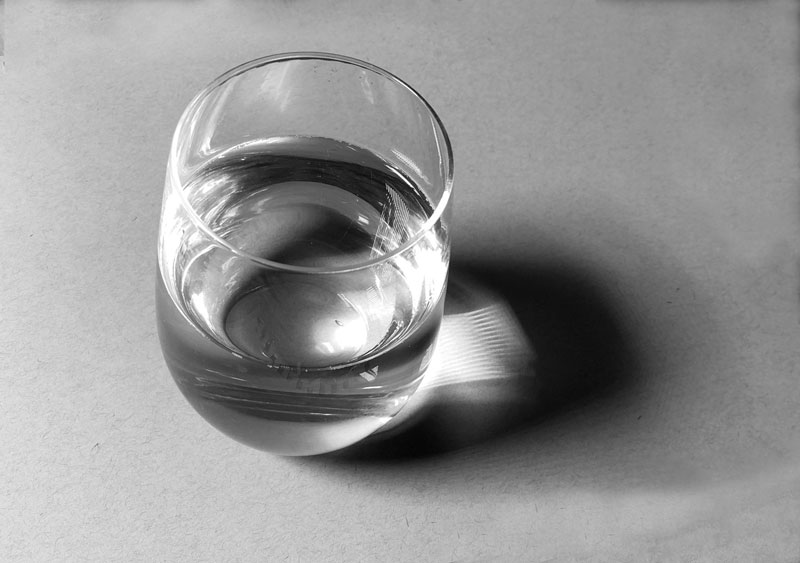 Glas of water photo reference