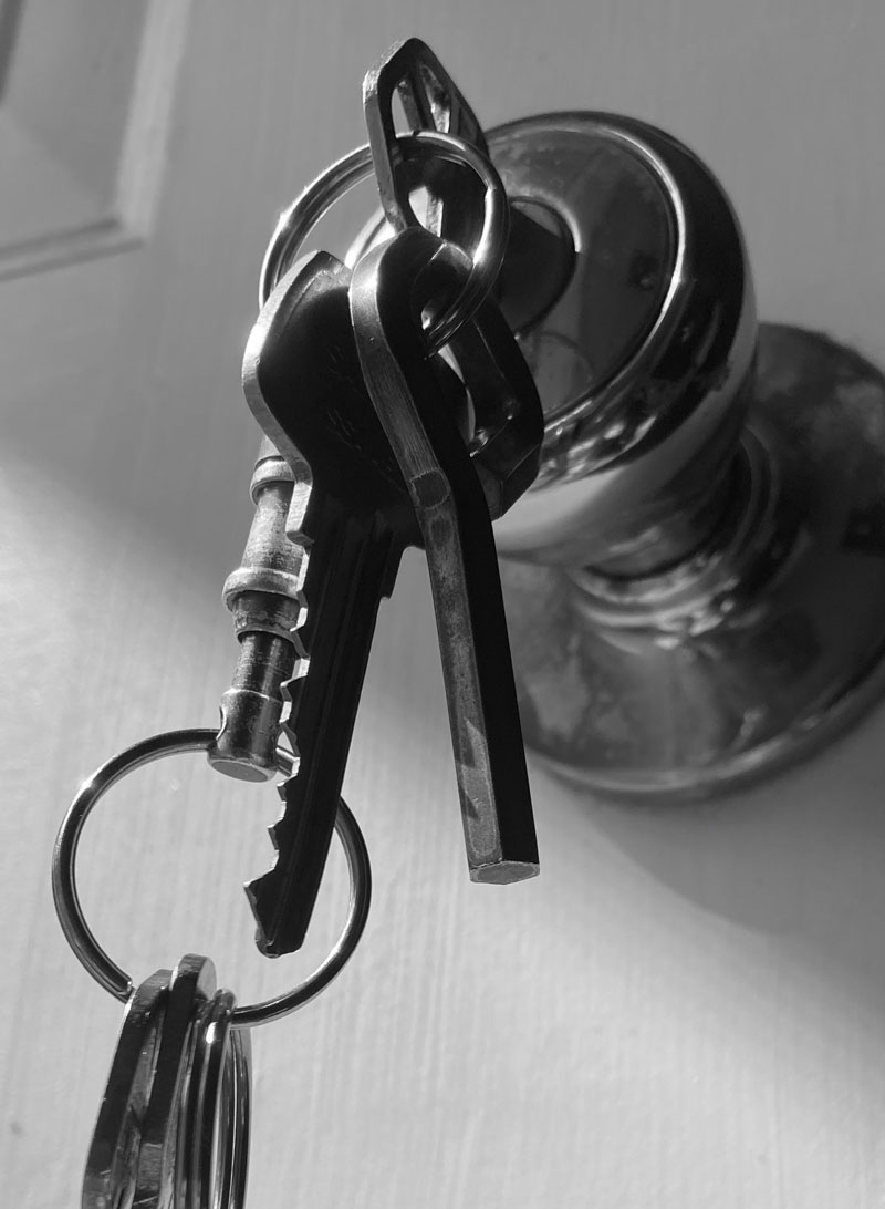 Photo reference for door knob and key drawing