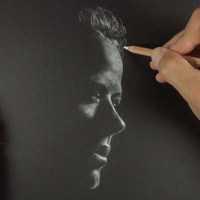 Drawing the hair with white drawing medium