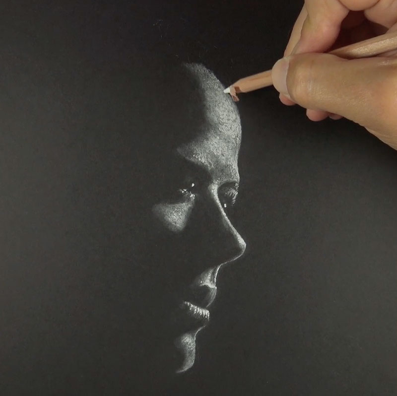 Drawing skin texture with white charcoal